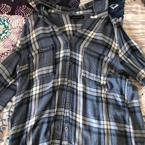 Kendall & Kylie Flannel Size M